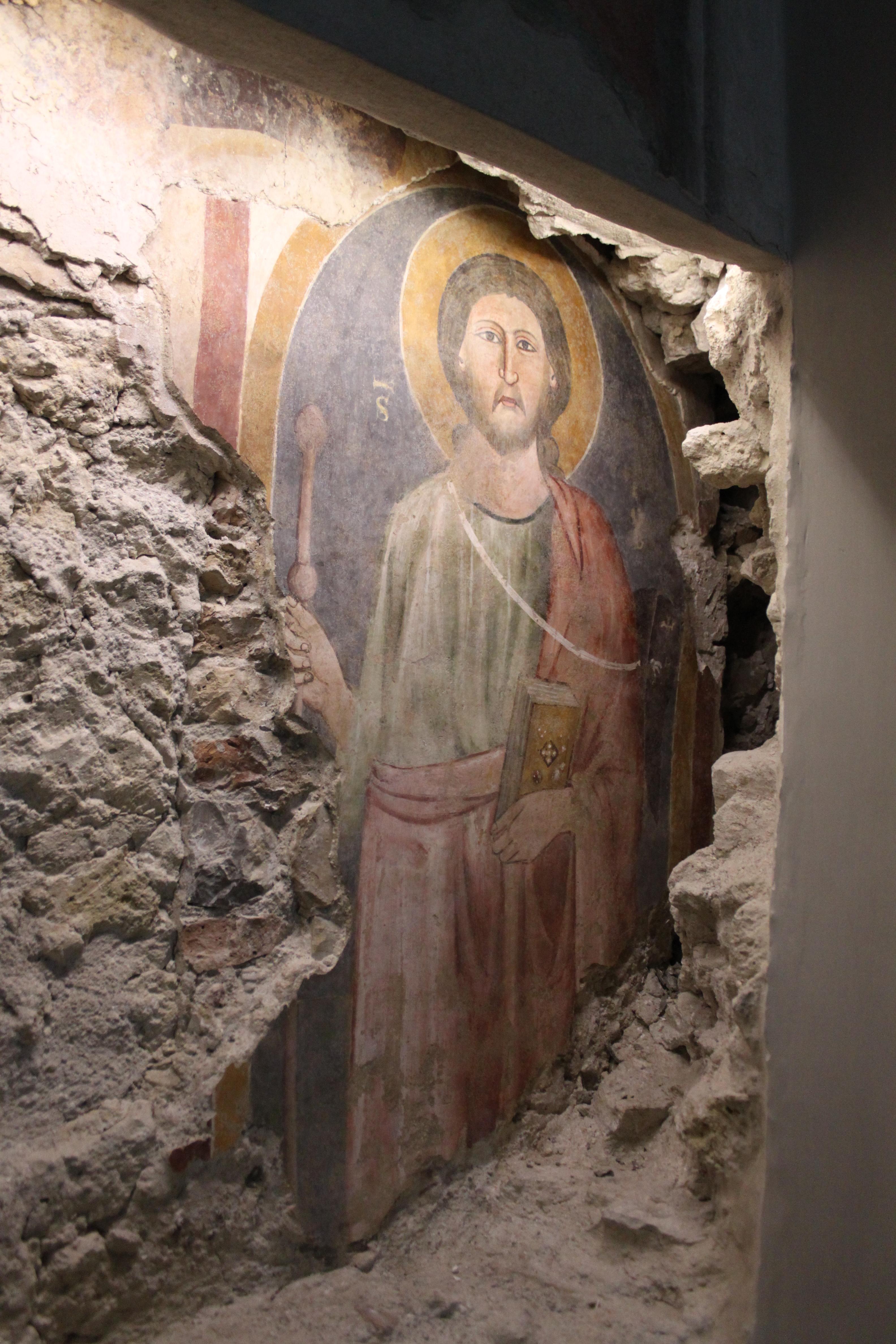 cattedrale, frammento di affresco trecentesco